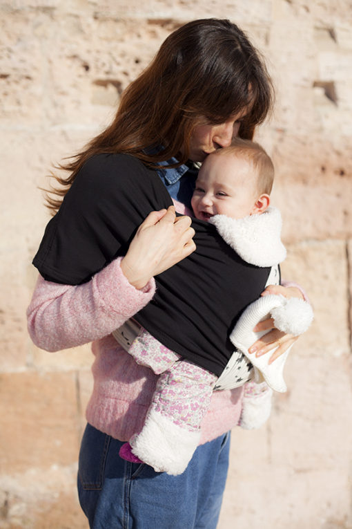Echarpe de portage maman bébé